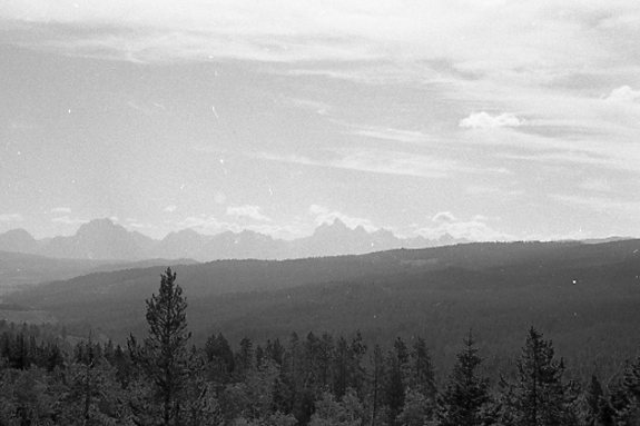img144 - Rocky Mountains in the distance, Colorado