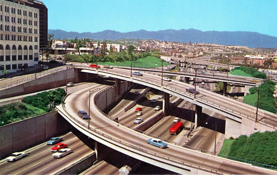 P24 HARBOR FREEWAY, LOOKING NORTH FROM SIXTH STREET, LOS ANGELES, CALIFORNIA