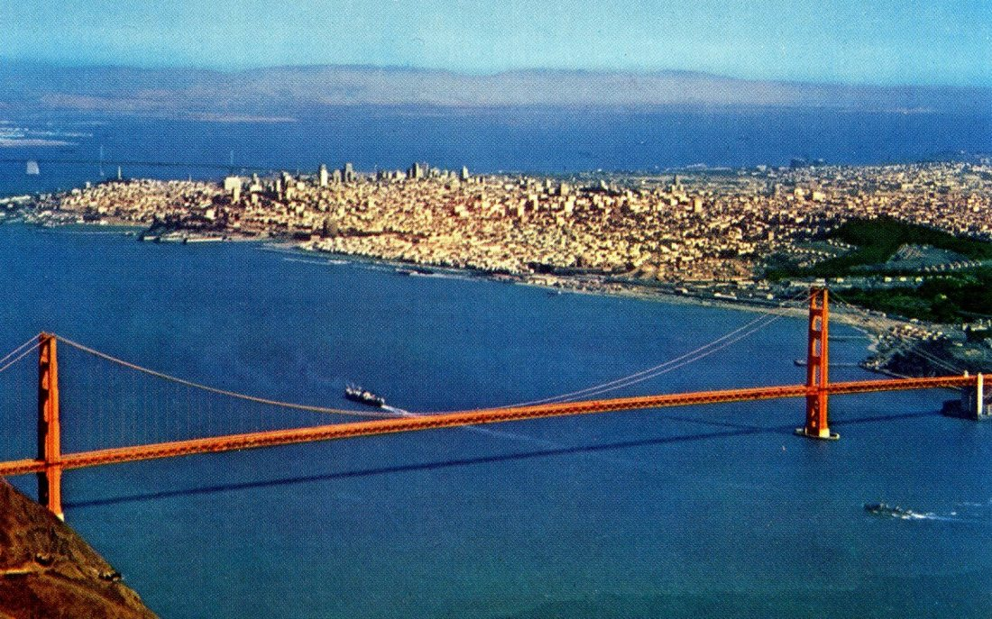 P54 AIR VIEW OF GOLDEN GATE BRIDGE SAN FRANCISCO CALIFORNIA