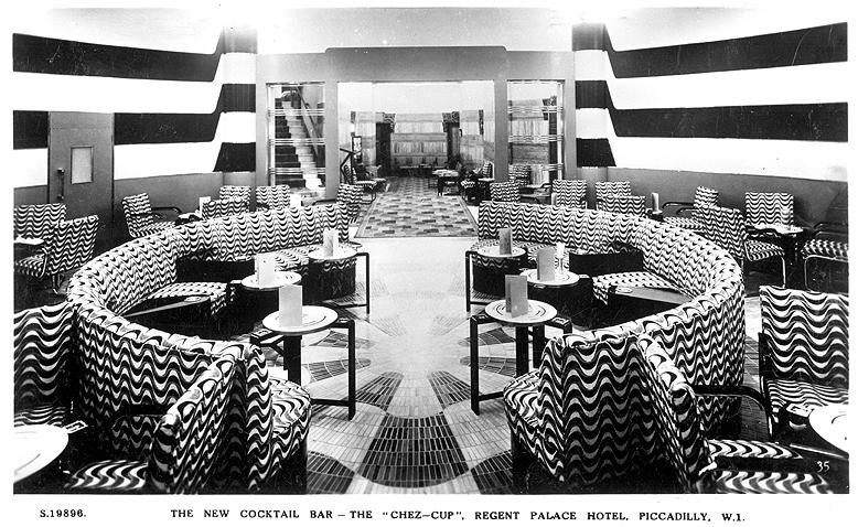 1965 10 27 Regents Palace Hotel cocktail bar